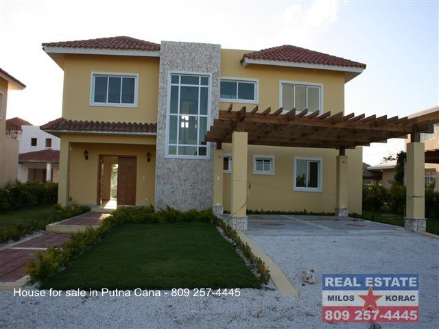 Punta cana real estate house for sale in punta cana for Homes for sale dominican republic punta cana