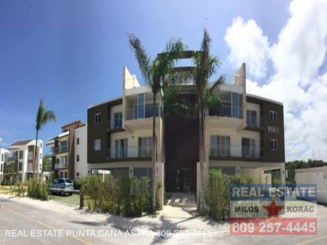 Puntacana 959.3 Penthouse condo for sale in Punta Cana Village