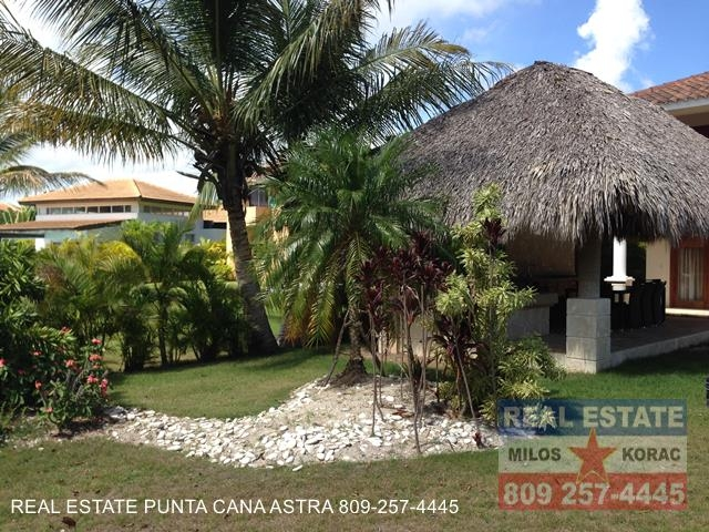 Punta cana real estate cocotal golf villa for rent punta for Punta cana villa rental