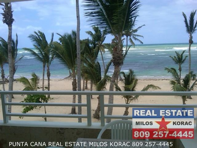 Real estate Dominican Republic presents Las Dunas Two bedrooms beachfront apartment for sale in Uvero Alto beach