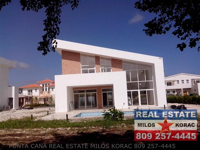 Villa Brisas Cocotal Golf for sale