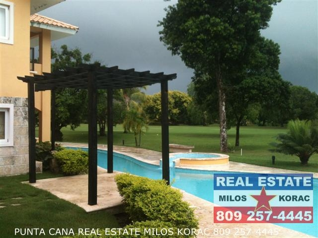 Residential Majorca (Residencial Mallorca) two bedrooms Cocotal Golf view apartment for rent