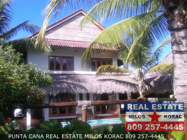 Las Palmas Villa for sale